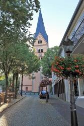 Blick in Richtung St. Johann Baptist vom Markt aus
