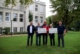 Vor dem Kurhaus mit v. l.: Kreisvorstand DRK Frank Malotki, Markus Osterbrink, Uwe Westhoven, Bürgermeister Otto Neuhoff und Bereitschaftsleiter Jens Koelzer