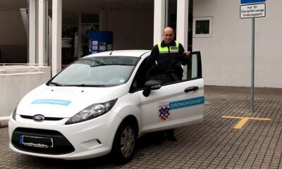 Er fand die Ursache für das heulende Geräusch in Bad Honnef: Dirk Blanke , Mitarbeiter des Ordnungsaußendienstes.